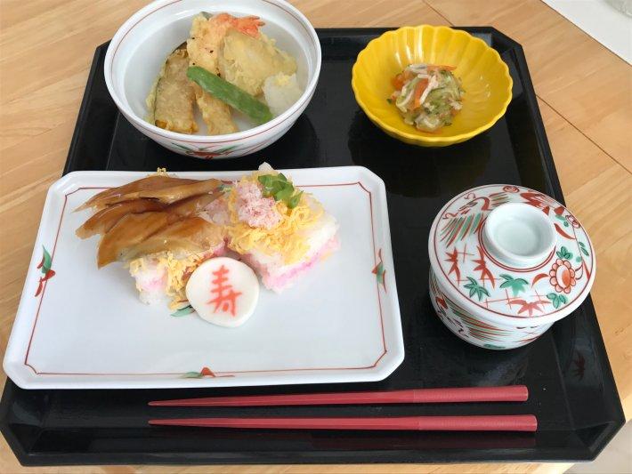 つばさ敬老会お寿司4